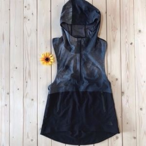 North Face Vest Pullover NEW